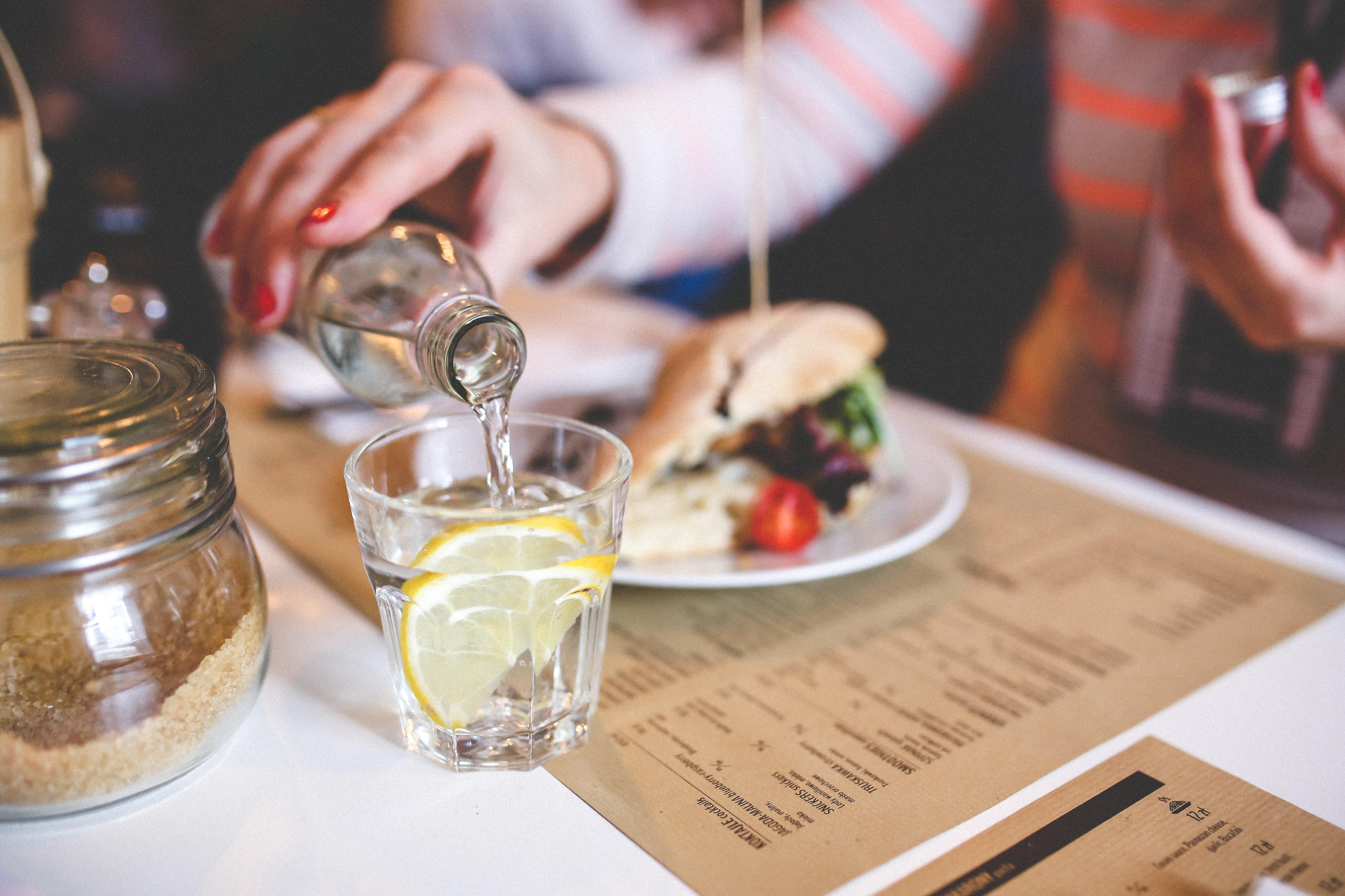 diner-dinner-drinking-6216