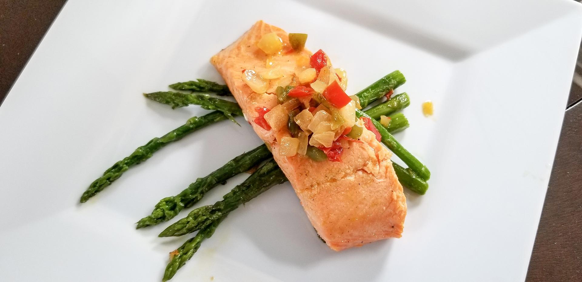 salmon and asparagus (1)